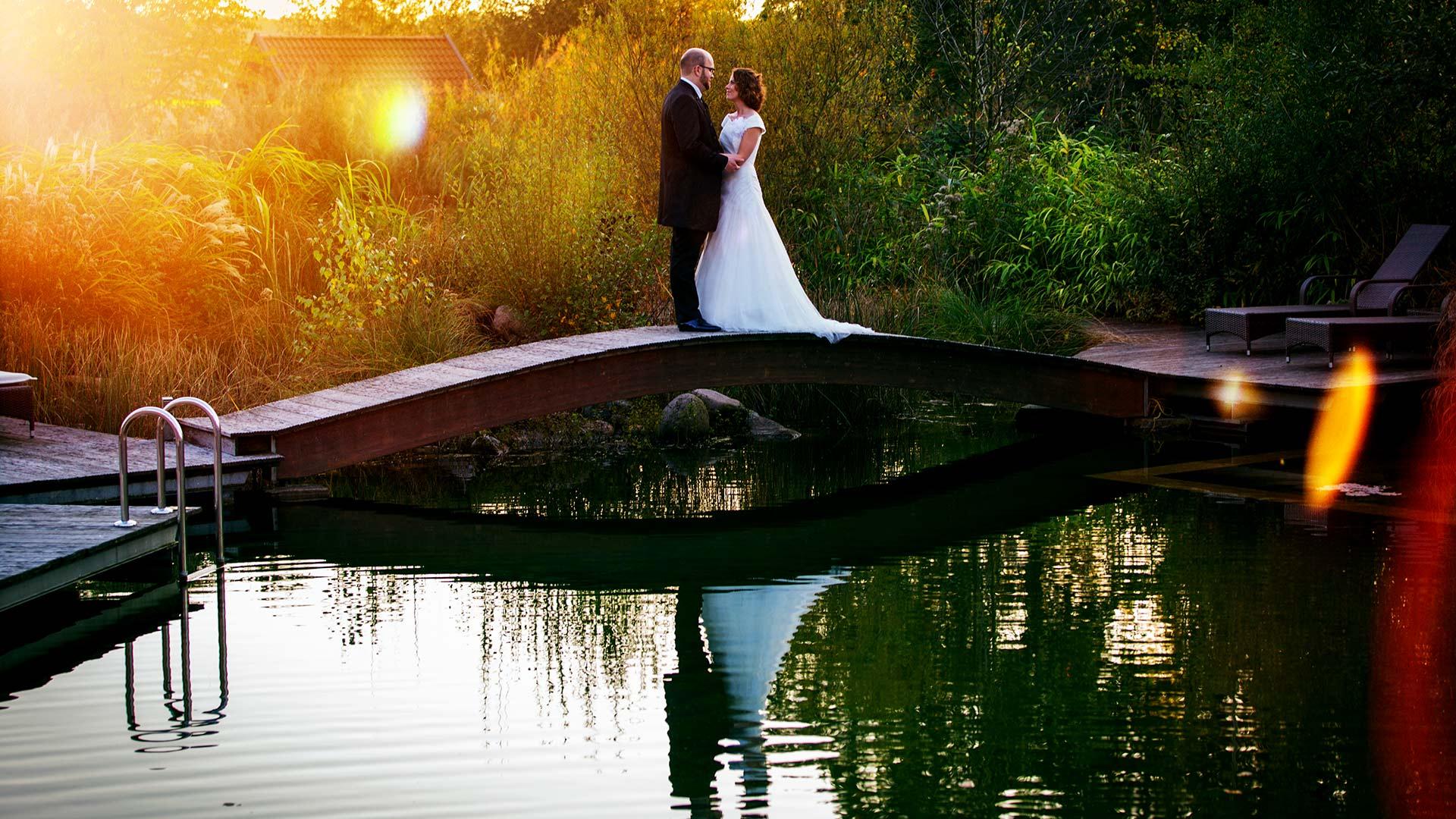 Hochzeitsfotograf NRW fotografiert auch eure Hochzeit in der Klosterpforte Marienfeld und erstellt wunderschöne Hochzeitsfotos