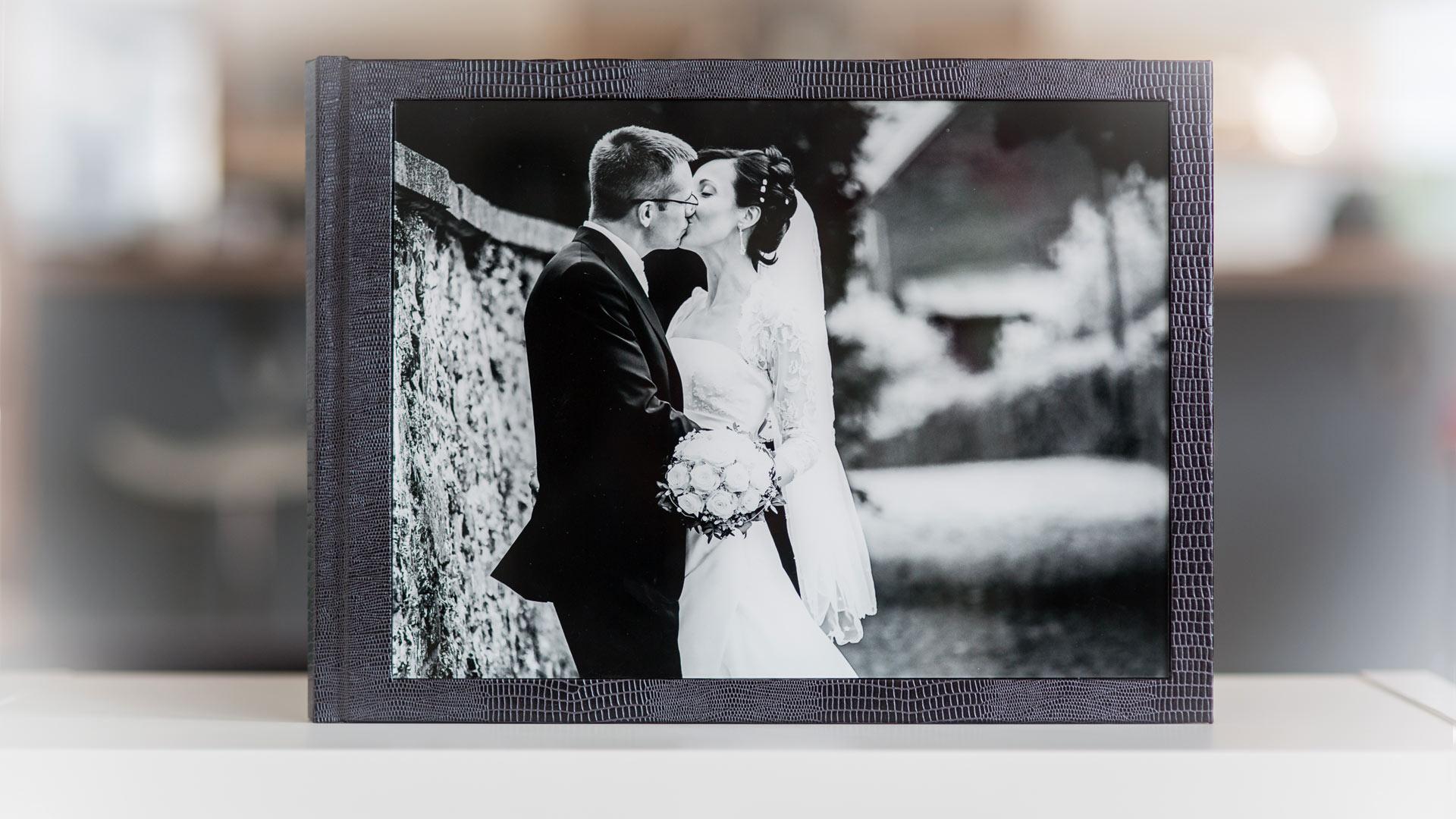 wunderschöne handgefertigte Hochzeitsalben vom Hochzeitsfotograf NRW